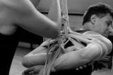 Японский бондаж. Эротическое искусство шибари: как и зачем связывать вашего партнера?